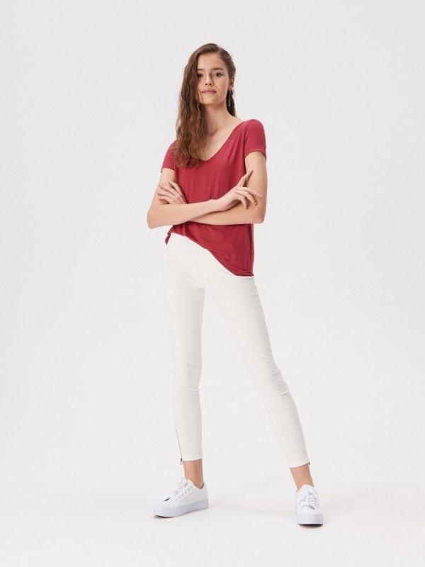 b9e3fda34a1660 T-shirty damskie Sinsay - Najmodniejsze nadruki