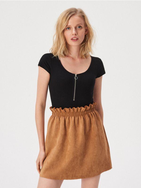 abd020744c Sinsay női szoknyák – sportos legyen vagy elegáns? A választás a tiéd!